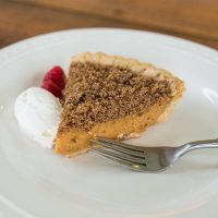 Pumpkin Pie With Gingersnap topping
