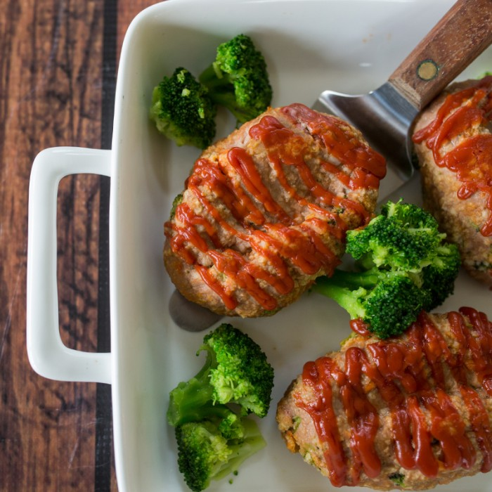 Mini Turkey & Veggie Meatloaves